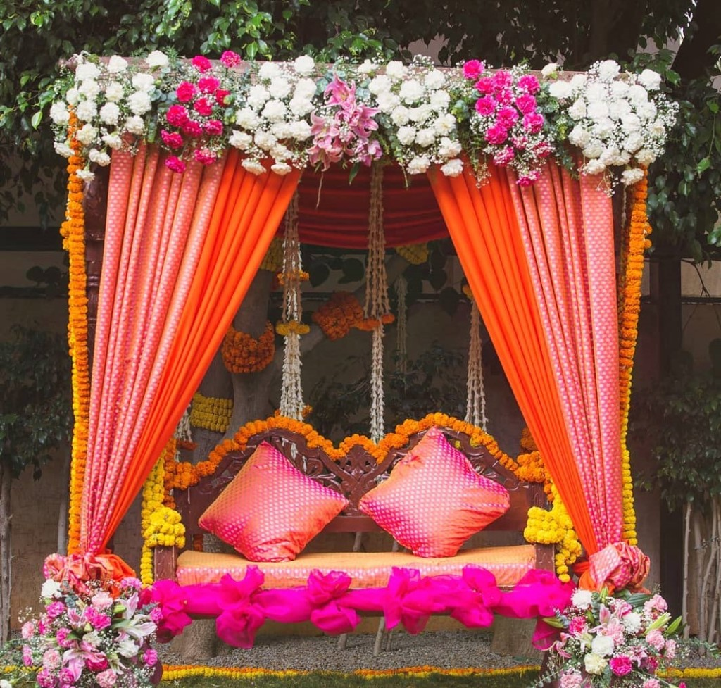 Awesome Ideas For Wedding Stage Decoration 2021 | Shaadi Plans